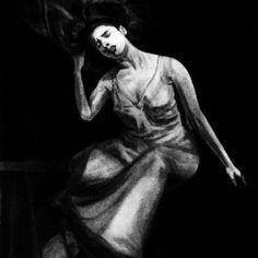 Valentina Mendiburo - Arte al Límite Gallery