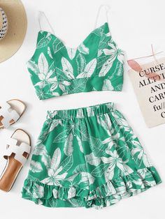 To find out about the Plant Print Cami Top With Ruffle Hem Shorts at SHEIN, part of our latest Two-piece Outfits ready to shop online today! Clueless Outfits, Girly Outfits, Pretty Outfits, Outfits With Ruffles, Cute Fashion, Girl Fashion, Fashion Outfits, Fashion Top, Cute Summer Outfits