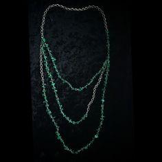 асимметричные бусы; материал: прессованный малахит, металл. #колье #бусы #хендмейд #handmade #necklace #украшения #украшенияручнойработы #handmadejewelry #jewelry #jewellery