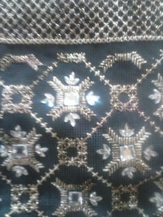 Beaded Embroidery, Cross Stitch Embroidery, Embroidery Designs, Gold Work, Stitch Design, City Photo, Applique, Diy Crafts, Beads