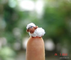 miniature sheep - micro crochet