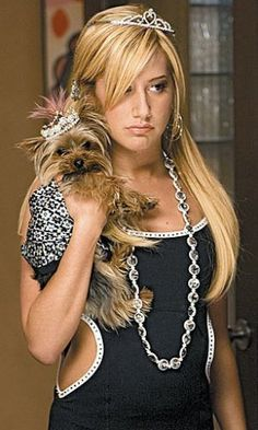 Ashley Tisdale as Sharpay Evans in High School Musical Zack Et Cody, Hight School Musical, Ashley Tisdale, 2000s Fashion, Latest Fashion, Fashion Trends, Iconic Movies, Mean Girls, Pink Aesthetic