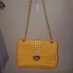 Cute crossbody New never carried large crossbody. Can be worn several ways with adjustable strap. boutique Bags Crossbody Bags