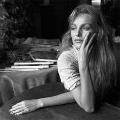 7e24015a13 Arielle Dombasle Arielle Dombasle, Actrice Française, Chouette, Femmes,  Belles Femmes, Belles