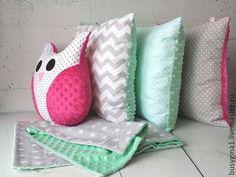 """Купить Подушка """"Сова"""" - плед для новорожденного, одеяло на выписку, конверт на выписку, плюш, одеяло для новорожденного"""
