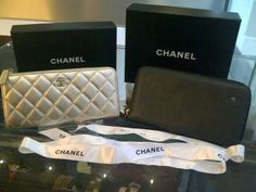 Ready chanel zipper wallet gold and black