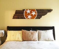 University of Tennessee Wooden State Flag Cut by 4DegreesCreatives