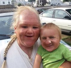 Funny face swap, scary faces, funny faces, face switch, worlds funniest Scary Face Swap, Funny Face Swap, Funny Pictures Can't Stop Laughing, Funny Pictures With Captions, Scary Faces, Funny Faces, Manado, Patrick Sebastien, Las Vegas