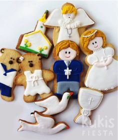 First Communion Cookies - These are beautiful!  Now, who can I get to make them?!