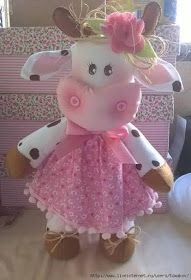 Ambrosial Make a Stuffed Animal Ideas. Fantasting Make a Stuffed Animal Ideas. Diy Crafts For Gifts, Crafts To Make And Sell, Felt Crafts, Arts And Crafts, Sewing Toys, Sewing Crafts, Sewing Projects, Craft Patterns, Doll Patterns