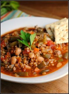 Crockpot Wheat Berry and Turkey Sausage Minestrone + Weekly Menu #wheatberry #wheat #parfait #healthy #homegrown #Farm #wheatrecipes Veggie Recipes, Crockpot Recipes, Whole Food Recipes, Soup Recipes, Cooking Recipes, Veggie Meals, Wheat Berry Recipes, Crock Pot Vegetables, Clean Eating