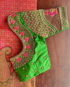 Simple Saree Designs, Kids Blouse Designs, Fancy Blouse Designs, Bridal Blouse Designs, Blouse Neck Designs, Cut Work Blouse, Hand Work Blouse Design, Stylish Blouse Design, Maggam Work Designs