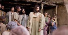 DIOS ME HABLA HOY: Marcos 3, 20-21  http://es.catholic.net/op/articulos/12320/jess-predica-el-evangelio.html