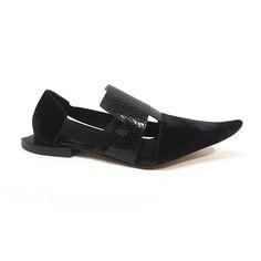 Sapato bico fino preto louloux