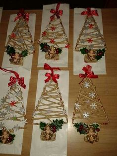 ! Christmas Art Projects, Christmas Crafts, Christmas Decorations, Christmas Ornaments, Holiday Decor, Fun Crafts, Diy And Crafts, Paper Weaving, Christmas Scenes