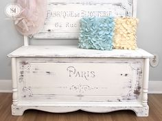 Love this cute hand painted bench painted in Dixie Belle Chalky Paints!
