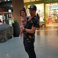 #FatherHood #Baby #Anya #Yongyee #Thai #Bruneian #Turntablists #Turntablism #TraktorNativeInstrument #NativeInstrumentKomplete #nudiejeans #NixonAustralia #akaimpc2000xl #Zara #Instagram #Flickr #DustyGroove #Kinetic #Melbourne #HighpointShoppingCentre #Victoria #Australia by beerdustygroove http://ift.tt/1HNGVsC