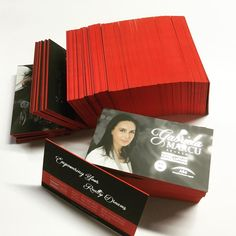 Luxury 30pt Business Cards with matte lamination, silver foil on both sides and Red colour Edging @sweetprint.ca #marketing #printing #businesscard #beautiful #realestate #realtor #creative #graphicdesign #idea #foil #foilstamping #luxury #royallepage #yourcommunityrealty #rlpycr #rlpycrtoronto #rlpycrstouffville @gabygta1