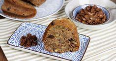 Chocolate Bundt Cake with Walnuts and Pears / Čokoládovo-ořechová bábovka s hruškami Chocolate Bundt Cake, I Foods, Banana Bread, Yummy Food, Recipes, Pears, Blog, Delicious Food, Recipies