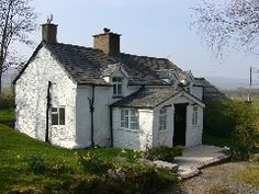 Stone Cottage in Wales Welsh Cottage, Cottage Farmhouse, Shabby Chic Cottage, Shabby Chic Homes, Cottage Homes, Shabby Chic Decor, Cottage Style, Cottages In Wales, Cottage Interiors