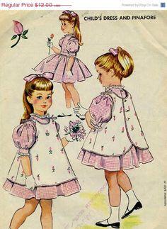 Summer Savings Vintage McCalls 2275 CUT Childs por RomasMaison, $10.80