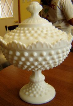"VINTAGE FENTON HOBNAIL WHITE MILK GLASS COMPOTE PEDESTAL CANDY DISH W/LID 8 1/2"""