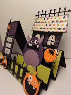 Mini Monster Step Card ~ for Halloween inspiration. Made with Cricut, think about trying this with the fan-fold foundation I used for cards before Cricut Halloween Cards, Halloween Paper Crafts, Cricut Cards, Fall Cards, Holiday Cards, Center Step Cards, Side Step Card, Kirigami, Rena
