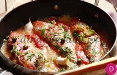 Μπαρμπούνια Φλεριανός, στο τηγάνι με ντομάτα και κάππαρη   Dina Nikolaou Fish Dishes, Fish Recipes, Paella, Food To Make, Seafood, Greek Beauty, Dinners, Meals, Fish Food