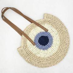 Rerekaxi round women handbag shoulder bag bohemian summer beach bags woven straw bag large capacity travel tote Source by anipivilla bags beach Large Beach Bags, Large Bags, Leather Handle, Leather Bag, Estilo Hippy, Round Bag, Crochet Purses, Crochet Bags, Types Of Bag