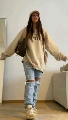 Fashion 90s, Girls Fashion Clothes, Tomboy Fashion, Streetwear Fashion, Fashion Outfits, Swaggy Outfits, Sporty Outfits, Cute Casual Outfits, Stylish Outfits