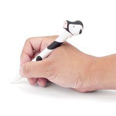 Długopis krówka - po naciśnięciu głĻówki krówka zaczyna muczeć a jej nosek zaczyna świecić.
