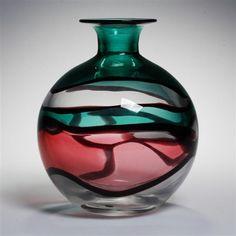 Archimede Seguso art glass vase, 1970s. Spherical body with hues of green and rose. Mid century modern Italian art glass vase.