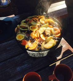 Korzenny poncz na grillowanych owocach na bazie tloczonego soku jabłkowego i żubrówki_grill360_urodziny_decofire