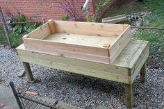 DIY Garden Accessories : DIY: Standing Herb Garden