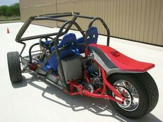 I've seen 3 of these motorized reverse trike go carts within the matter of 2 days and I'm officially obsessed.