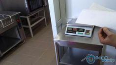 Электронные весы на кухне