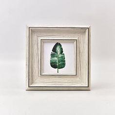 [EBay] European Retro Picture Frames, Po Frames,4/5/6/7/10 Inch Frames,Wall Picture Frame Home Decoration,Porta Retrato,Home Crafts