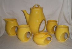 Holkham England Pottery Owl Eye Yellow Tea Set (Pot Cup Creamer Sugar Bowl)