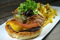Burguett, hamburguesas hechas en serio, no en serie... Burguett Albareda , 24 954 56 42 44 | #Tapasconarte