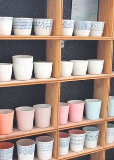 Pots en couleurs pour la cuisine au nord ouest...