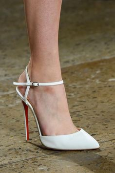 67.08$  Watch here - http://ali2fc.worldwells.pw/go.php?t=32779464913 - European Fashion women pointed toe pumps ladies sexy concise dress shoes High Heels white black  Zapatos Mujer 67.08$