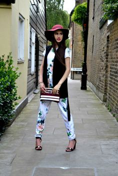 Oriental Print, Printed Jumpsuit, Swag Style, Night Looks, Night Outfits, Missguided, Cowboy Hats, Spring Fashion, Asos