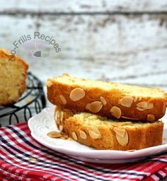 This is a delicious, moist, old-fashioned butter cake full of almondy flavour. It looks pretty with the almond flaky top, certainly a cr. Almond Tart Recipe, Almond Butter, Tart Recipes, Cooking Recipes, Asian Cake, Lemon Drizzle Cake, Cake Bars, Pastry Cake, No Bake Cake