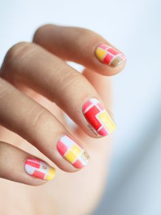 Spring Mosaic Nail Art http://www.ivillage.com/so-pretty-10-spring-nail-art-trends-try-right-now/5-a-562659
