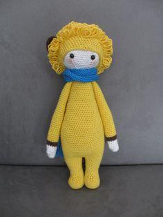LONI the lion made by Julie D. / crochet pattern by lalylala