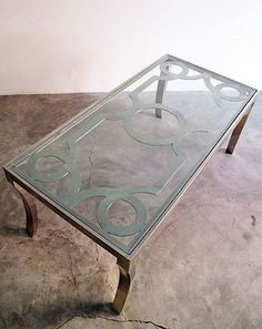casamidy table/love the design