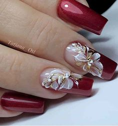 Best Winter Nails Red Colors For Long Nails Art Designs - Ongles rouges Bling Nail Art, Red Nail Art, Bling Nails, Red Acrylic Nails, Red Nails, Pastel Nails, Stylish Nails, Classy Nails, Golden Nail Art