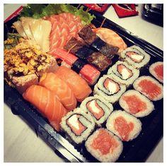SURPREENDA SEU PALADAR! Hoje tem Sushi Bahia Delivery. Peça online www.sushibahia.com.br #delivery #sushibahia