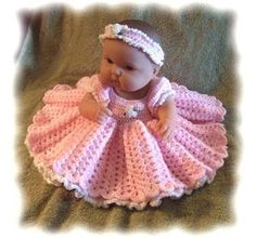 Knitting Patterns For Dolls Bedding : 1000+ images about La Newborn Doll on Pinterest Knitting Patterns, Dolls an...