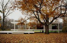 Farnsworth House - Ludwig Mies van der Rohe  #architecture #farnsworth #house #ludwig #mies #rohe #photography